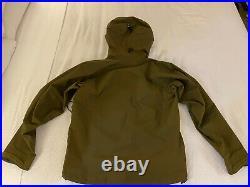 Arc'teryx Beta AR Jacket Men's Gore-Tex Pro Medium Dark Moss pre-owned