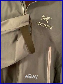 Arc'teryx Beta AR Jacket Men's Gore-Tex Pro Neptune LARGE ARCTERYX 21782