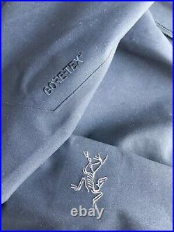 Arcteryx Black Keppel Trench / Mac Coat Gore-Tex XS S