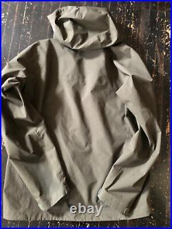 Arcteryx Zeta AR Gore-Tex Hard Shell Jacket green Mens Large