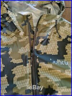 Kuiu Teton Rain Suit Jacket Pants Verde Camo pattern size M