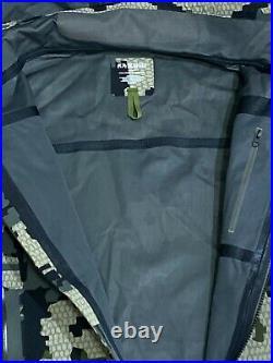 Kuiu Yukon Rain Jacket Verde 2.0 XL