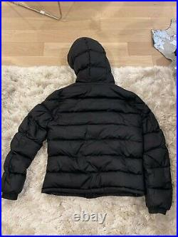 Moncler puffer jacket mens in great condition with large logo (unisex)