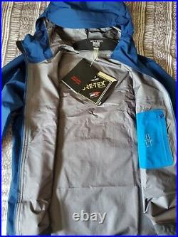 NWT Arcteryx Beta LT Jacket Mens Medium Triton MSRP $525