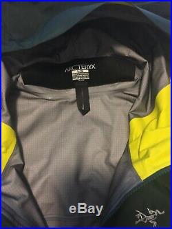 New Arcteryx Alpha SV Jacket Men's Large Zevan Green Gore-Tex Pro SHell