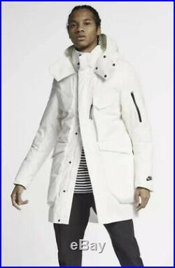 Nike Sportswear Tech Pack Size XL Down Fill Hooded Parka Summit White 928912 121
