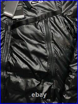 Nike Synthetic-Fill Puffy Sportswear Windrunner Coat Size M Black CZ1508-010