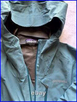 Patagonia jacket mens Medium