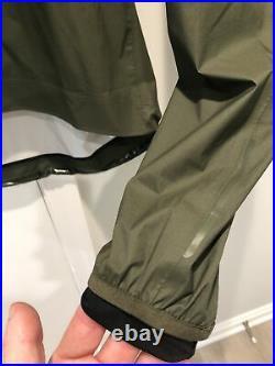 Rapha Core II Rain Jacket Olive Large Waterproof Windproof Pas Normal MAAP EUC