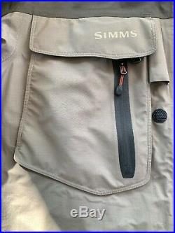 Simms Gore-Tex Wading Jacket Size M
