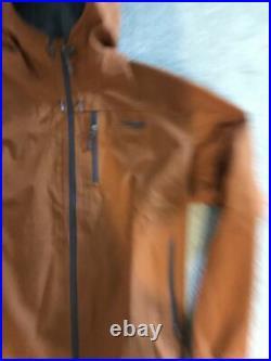 Sitka Men's Gravelly Shell Waterproof Lightweight Soft 3-Layer Gore-Tex Jacket