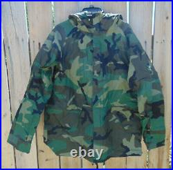 U. S. EWCS Gen. 1 Gore Tex Woodland Camo L/R Cold Weather Parka withhood, new in pkg